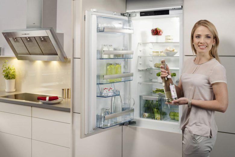 Aeg Kühlschrank Einschalten : Aeg sfb af kühlschrank unterbau kühlschrank mit gefrierfach