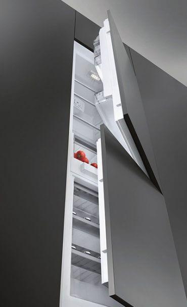 Kühlschrank von unten