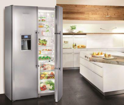 Liebherr Stand Side-by-Side mit BioFresh NoFrost IceCenter und Edelstahl