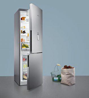 Kühlschrank und Einkauf