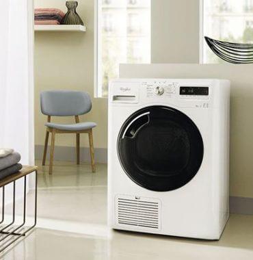 Waschmaschine mit schwarzer Front