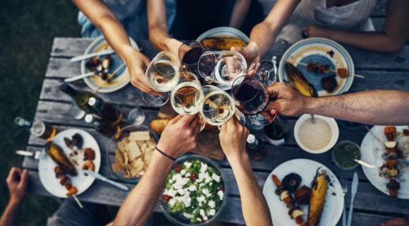 Ausgezeichneter Geschmack vom Wein kommt nur aus perfekt gespülten Gläsern