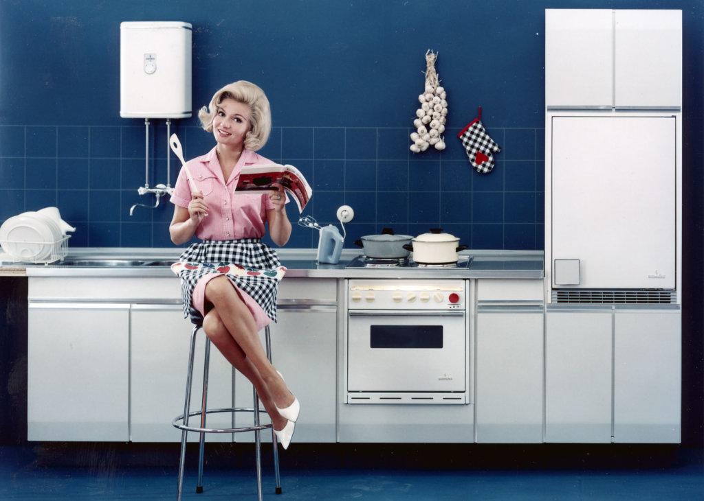 Zwischen der Küche der 1960er und heute liegen Welten. Credit: Siemens Historical Institute