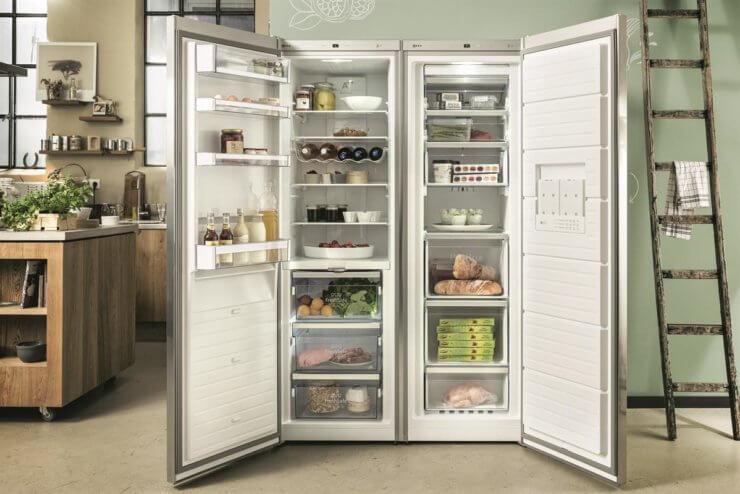 Side-by-Side-Kühlschranke bieten viel Platz, bei hoher Energieeffizienz moderner Geräte.