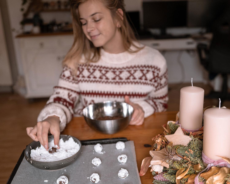 Angie von Hellopippa bäckt gerne vegane Weihnachtskekse